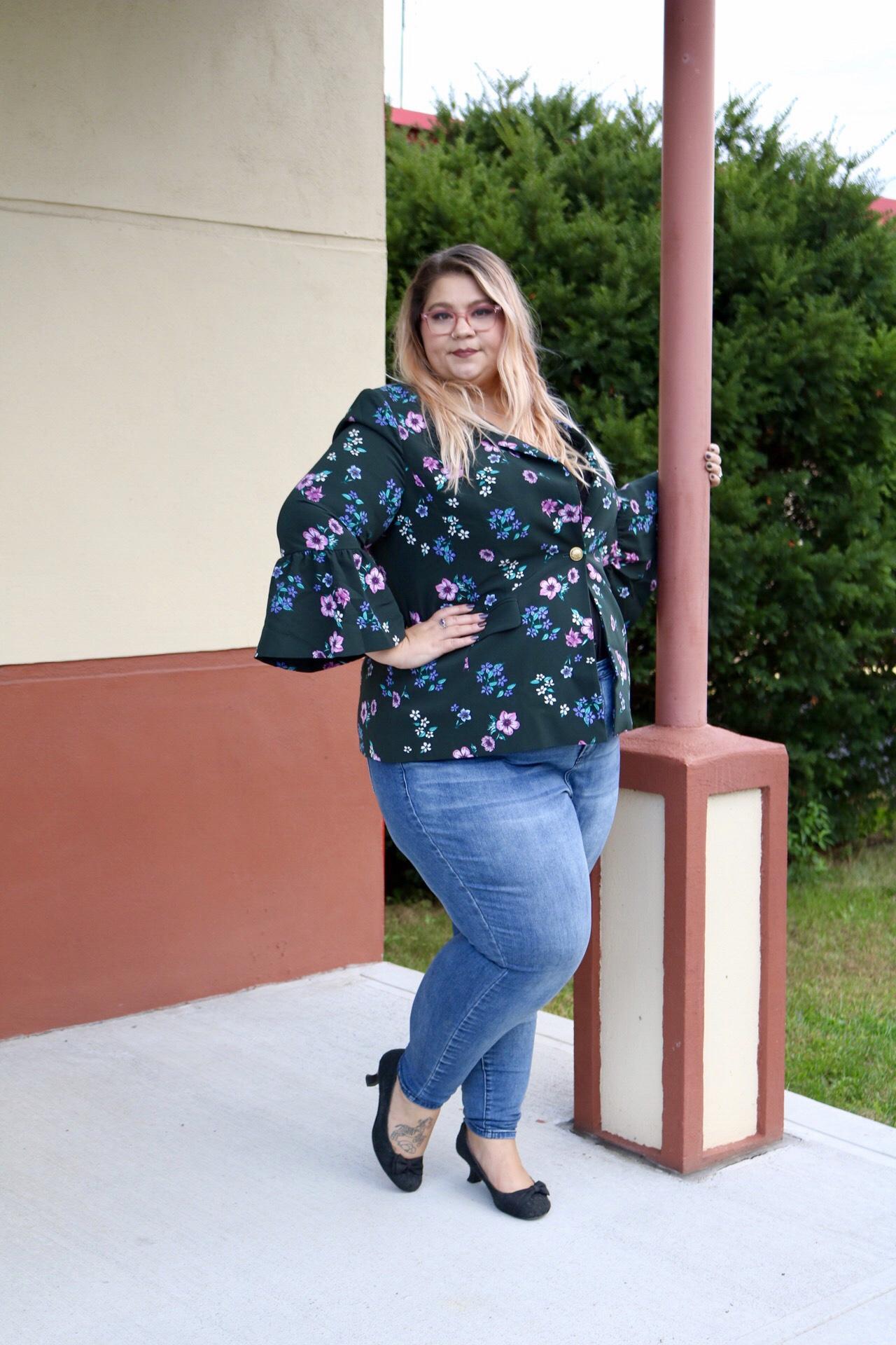 fat, plussize, fashion, floral, blazer, jeans